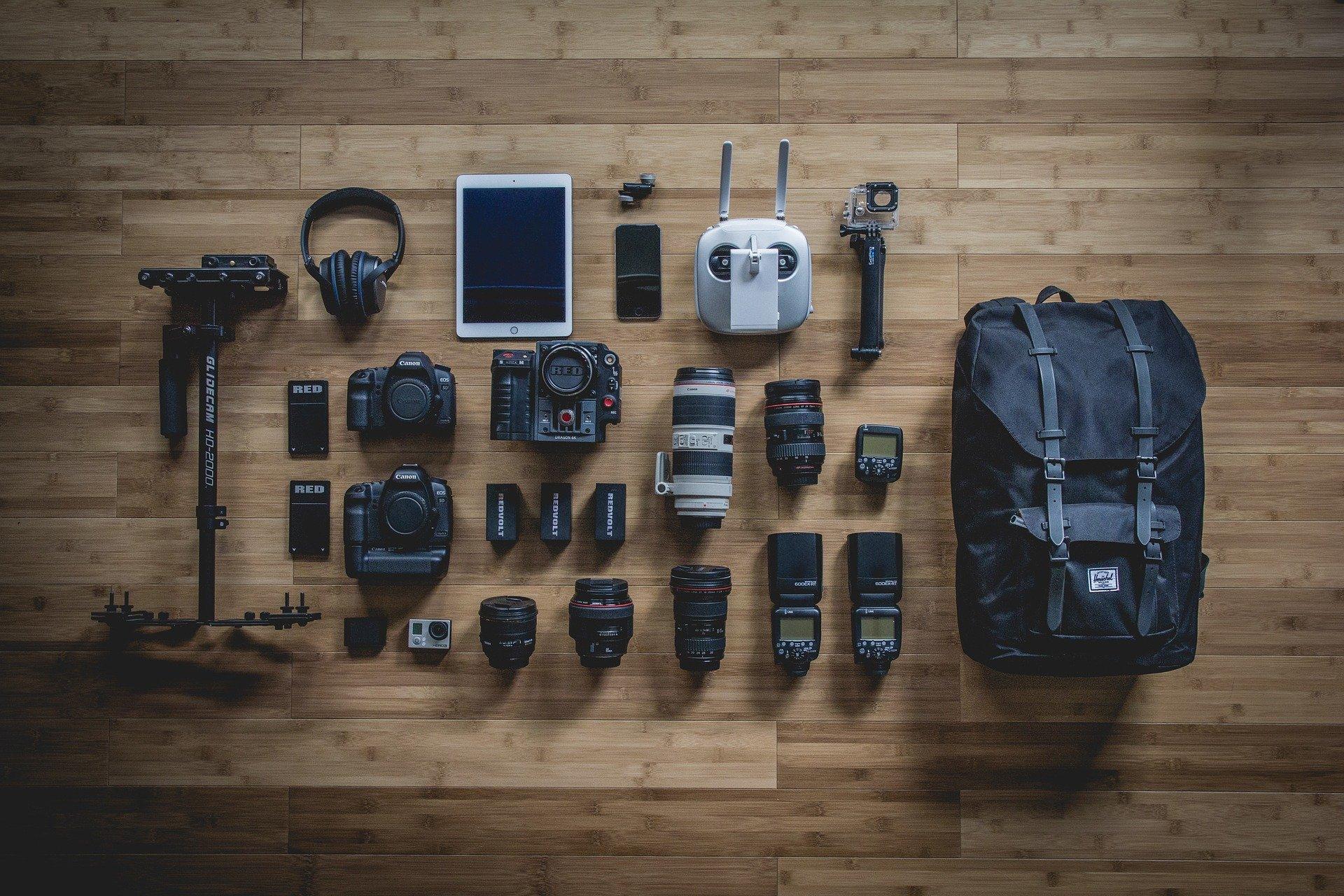 attrezzatura del fotografo di matrimonio